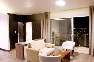 A seating area at Urban Suites