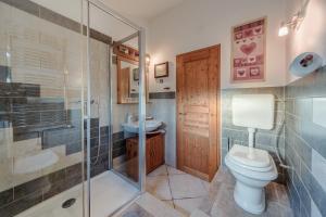 A bathroom at Apartment San