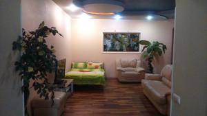 Гостиная зона в Студия посуточно или почасово Донецк, Артёма 104а