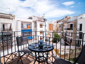 A balcony or terrace at Sealand Sitges Apartments