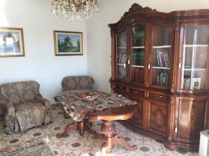 A seating area at Casa Santinelli