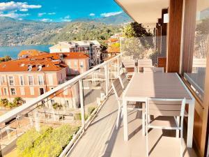 Ein Balkon oder eine Terrasse in der Unterkunft Appartamento Palazzo di Vetro