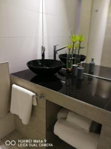 A bathroom at Loft & Wines