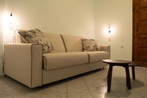 A seating area at Aegialis Apartments (Dimitros)