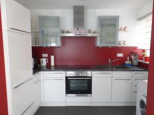 Küche/Küchenzeile in der Unterkunft Besigheim