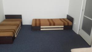 A seating area at Óbudai Apartman