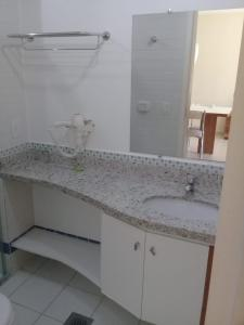 A bathroom at Flat Rio Quente Serra Park (Propriedade Particular)