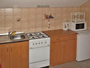 A kitchen or kitchenette at Windstille