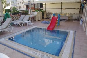 The swimming pool at or near Atak Apart Hotel