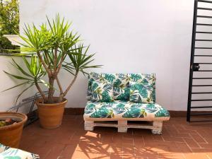 A seating area at Marqués de Paradas