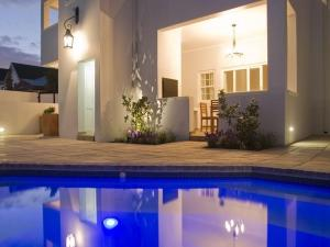 The swimming pool at or near Kenjockity Self Catering Apartments