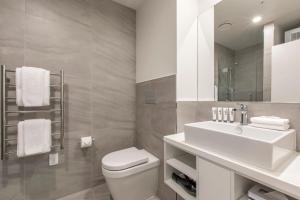 Koupelna v ubytování Quest on Manchester