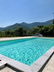 Swimming pool sa o malapit sa Hotel Irini