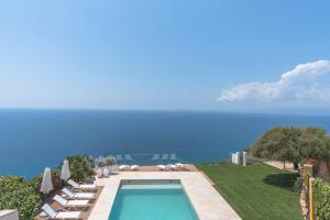 The swimming pool at or near Luxury villa Luna on the cliff w/ heated pool
