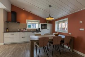 Een keuken of kitchenette bij De Grote Geere
