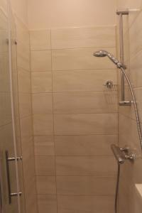 A bathroom at Stars Berlin Apartments Essener Straße