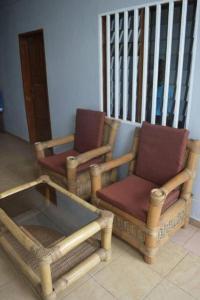 A seating area at Complexe Maranatha
