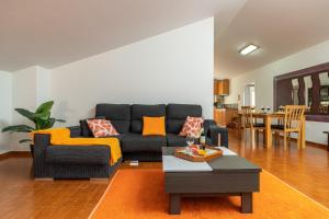A seating area at Apartamento Celia