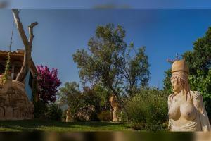 Vonkajšia záhrada v ubytovaní Medusa Gorgon