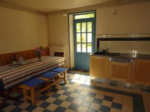 A kitchen or kitchenette at Villa Madeleine