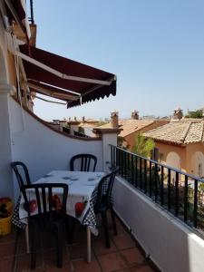 A balcony or terrace at Cosy Apartment Aljamar 4