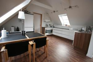 A kitchen or kitchenette at country flat