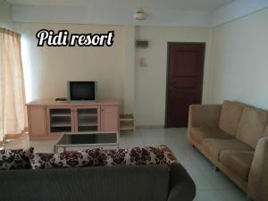 A seating area at PD Perdana - Pidi Resort A108
