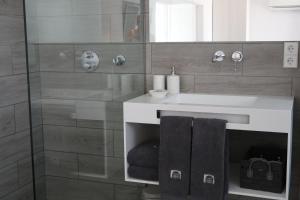 A bathroom at Carpe Diem Cadaqués