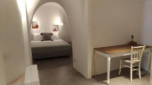 A bed or beds in a room at Villa LuxL