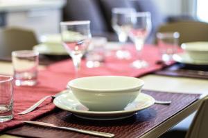 Restaurant ou autre lieu de restauration dans l'établissement Montville Apartment