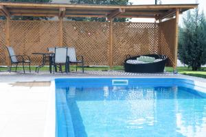 The swimming pool at or near Airport Residence - 5 Mins from Airport