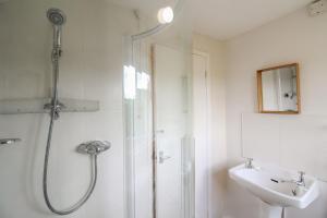A bathroom at Pennine