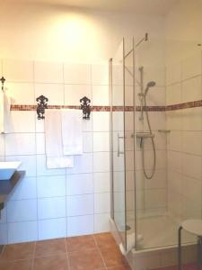 A bathroom at Ferienwohnung Kehrwieder
