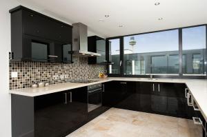 Kuchyň nebo kuchyňský kout v ubytování Staycity Aparthotels Duke Street