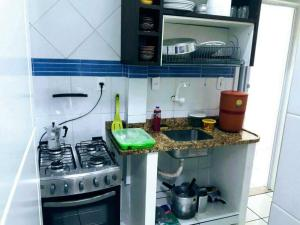 A kitchen or kitchenette at Botafogo Otima Oportunidade