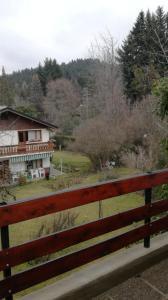 Un balcón o terraza en La Casa De La Rosa Mosqueta