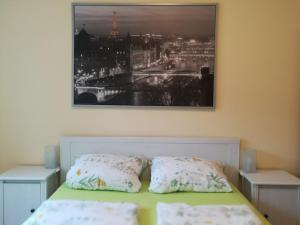 A bed or beds in a room at Appartement Lardenbach