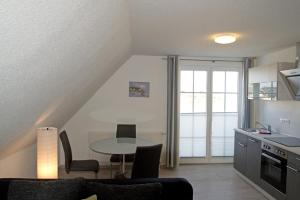 A seating area at Boddenhus Apartment 9
