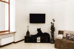 Телевизор и/или развлекательный центр в Downtown Prestige Apartment