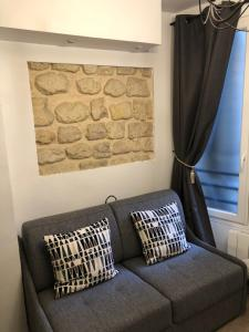A seating area at Appartement Luxembourg