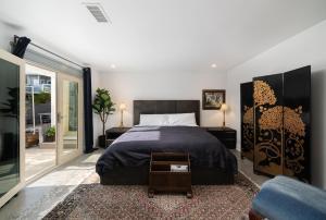 A bed or beds in a room at Casa Santa Clara