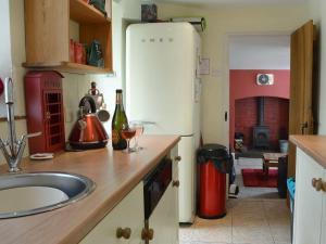 Kuchyňa alebo kuchynka v ubytovaní Cross House