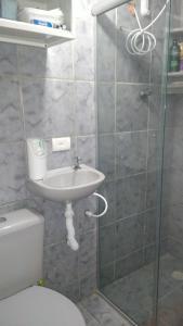 A bathroom at Apartamento Centro de Convenções