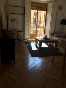 Prostor za sedenje u objektu Apartamento Escorial 18