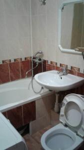 A bathroom at Апартаменты на Островского,16Б