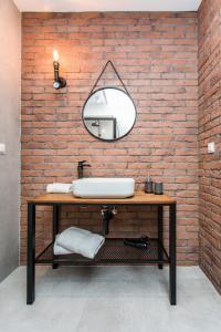 Łazienka w obiekcie Modern & Classy Industrial - Apartamenty Browar Gdańsk