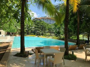 The swimming pool at or near Pico de Loro 2BR Vacation Flat