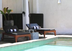 The swimming pool at or close to Villa Amandhira