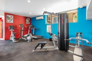 The fitness center and/or fitness facilities at Waldorf Randwick Serviced Apartments