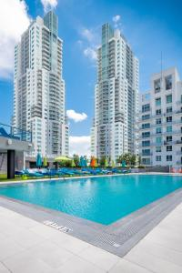 The swimming pool at or near The Guild Downtown   X Miami